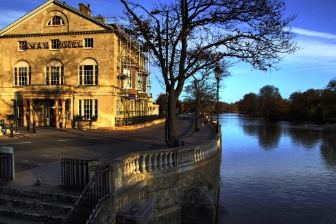 The Swan, nice from the outside